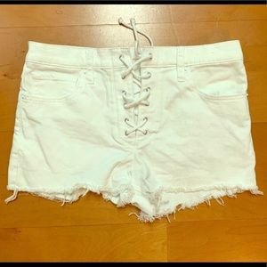 Express White Tie Up Mid Rise Shorts size 2 NWT